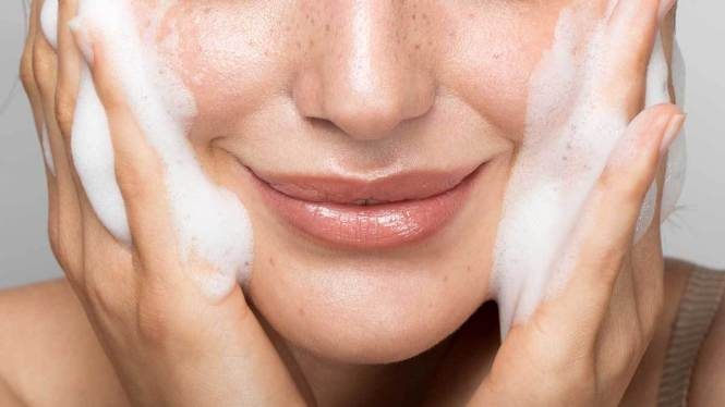 Mitos Double Cleansing yang Harus Kamu Abaikan - Bolehshop