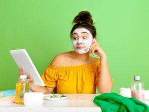 Bahaya Menggunakan Skincare Rumahan