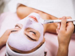 Metode Facial yang Tepat Untuk Usir Jerawat