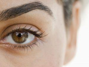 Cara menggunakan Eye Cream dengan benar