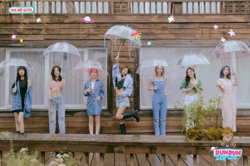 K-Pop Group Oh my girl comeback