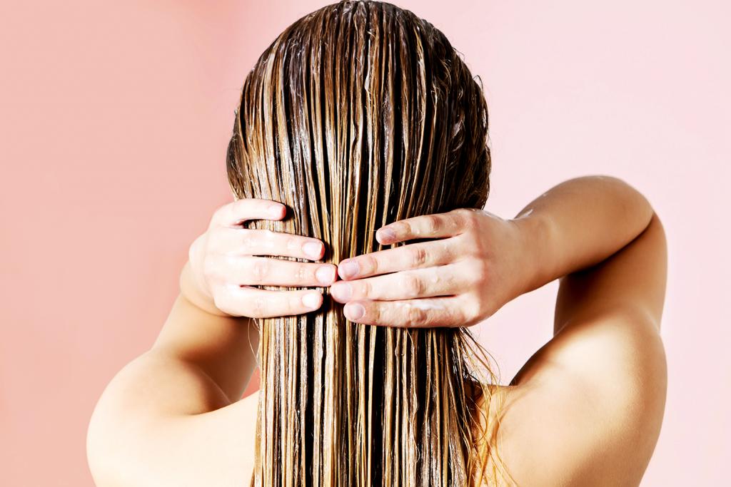 Rutinitas Mencuci Rambut Yang Direkomendasikan Ahli