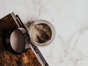 Waspada Bahaya Preloved Skincare Menanti Kamu