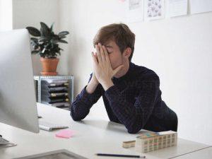 Apakah benar zoom fatigue pemicu migrain?